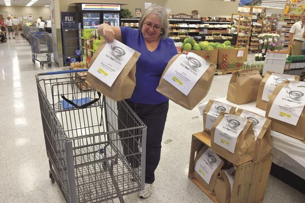 'Feds Feed Families' campaign underway at Hill Commissary