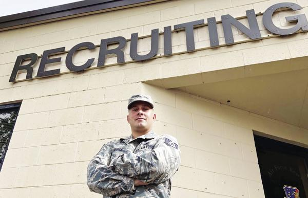 Reserve recruiter brings active duty experience to 419th
