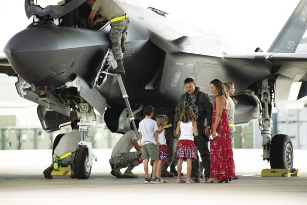 Fighter squadrons return to Hill
